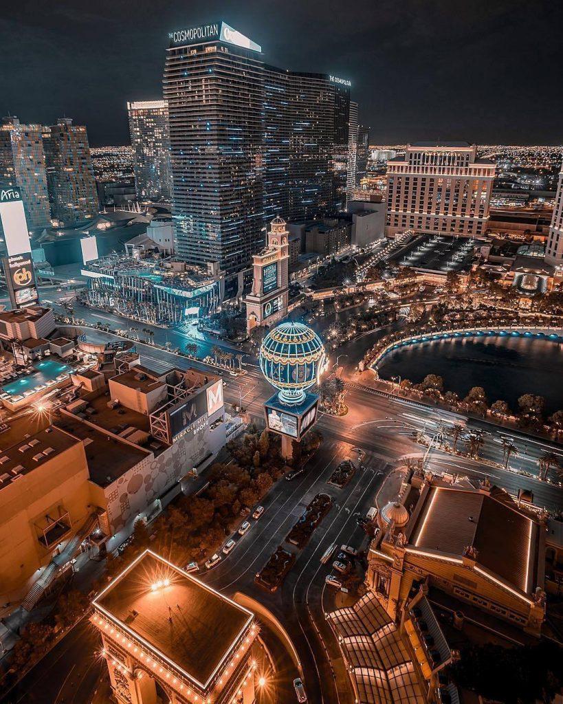 Viva, Las Vegas